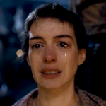 53-29112-anne-hathaway-les-miserables-crying-1442947301
